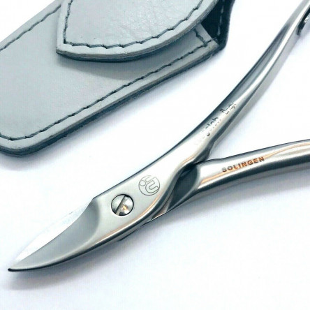 Niegeloh Solingen Toenail Clipper Hand crafted in Germany 11cm with High Quality Light Gray Leather Case